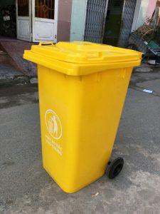 Thùng rác nhựa HPDE 240L màu vàng